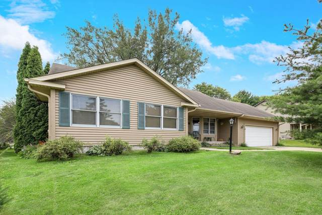 2668 Suzanne Circle, White Bear Twp, MN 55110 (#5622562) :: The Pietig Properties Group