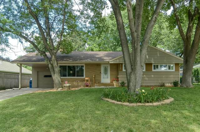 6738 Plymouth Avenue N, Golden Valley, MN 55427 (#5626612) :: Bos Realty Group