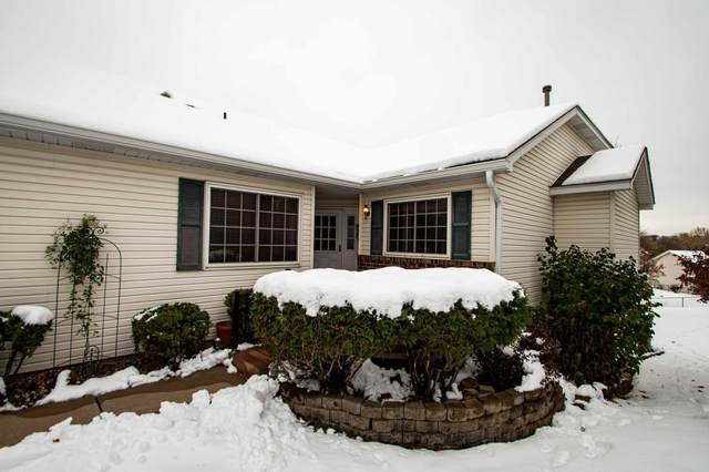 8987 Thomas Drive, Woodbury, MN 55125 (#5630194) :: The Preferred Home Team