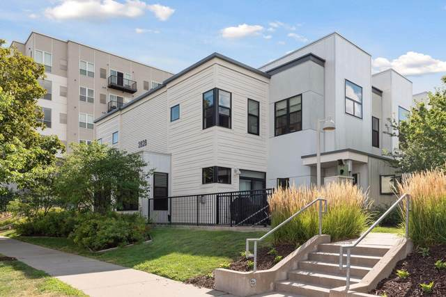 2828 Aldrich Avenue S #103, Minneapolis, MN 55408 (#5630370) :: Bre Berry & Company