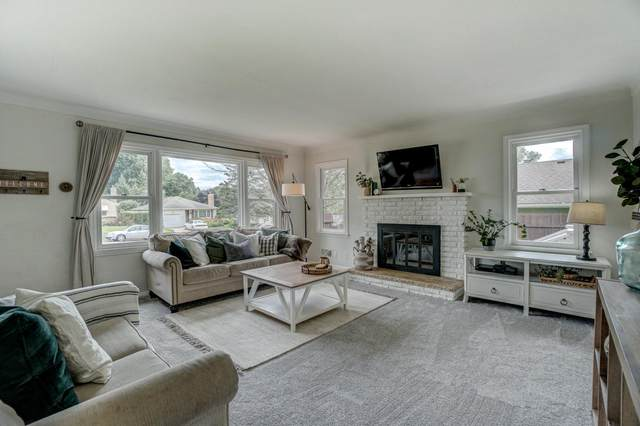 1289 Ottawa Avenue, West Saint Paul, MN 55118 (#5631491) :: The Pietig Properties Group