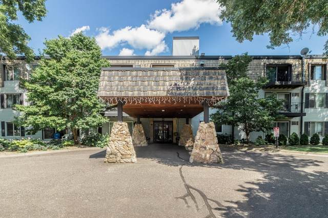179 Little Canada Road E #324, Little Canada, MN 55117 (#5632034) :: The Janetkhan Group