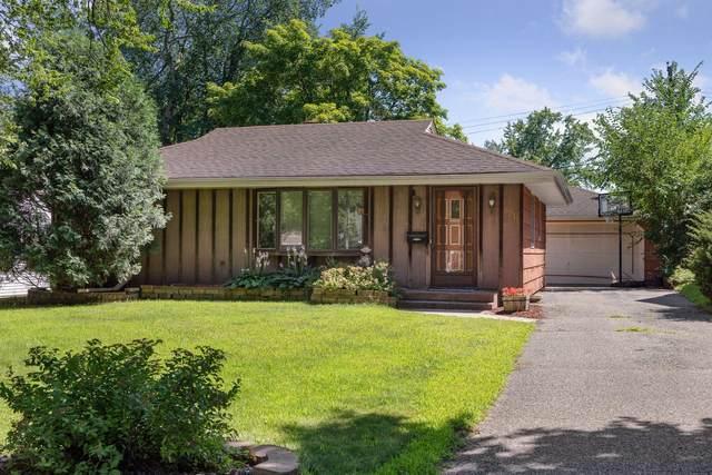8911 Club Road, Saint Louis Park, MN 55426 (#5634124) :: The Pietig Properties Group