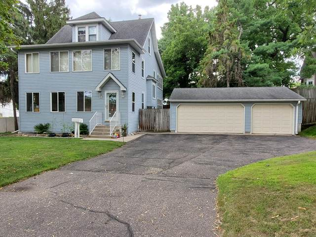 302 Robie Street W, Saint Paul, MN 55107 (#5636460) :: Bos Realty Group