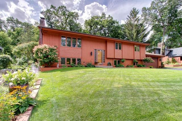 130 Chaparral Drive, Apple Valley, MN 55124 (#5638534) :: Tony Farah   Coldwell Banker Realty