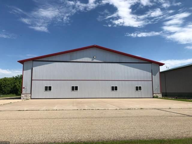 625 W Hangar, New Richmond, WI 54017 (#5638669) :: Tony Farah | Coldwell Banker Realty