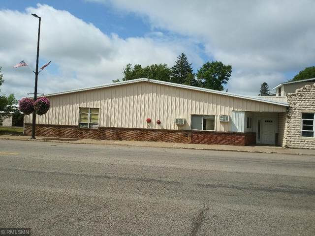 300 Main Avenue S, Braham, MN 55006 (#5649736) :: The Janetkhan Group