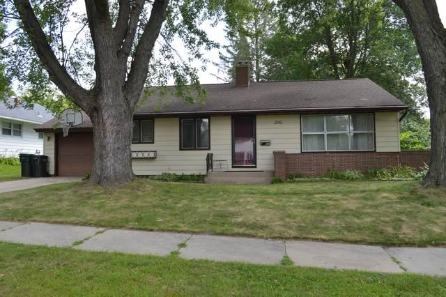 1540 9th Avenue NE, Rochester, MN 55906 (#5658966) :: Servion Realty