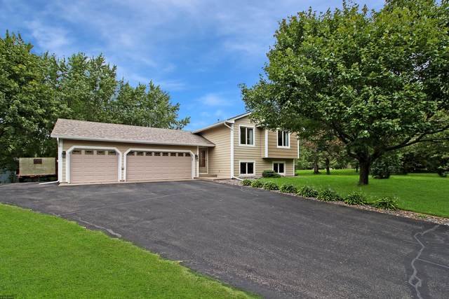 4720 Terraceview Lane N, Plymouth, MN 55446 (#5662241) :: Tony Farah   Coldwell Banker Realty