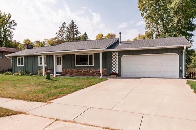 2024 Gernentz Lane, Red Wing, MN 55066 (#5662414) :: Tony Farah | Coldwell Banker Realty