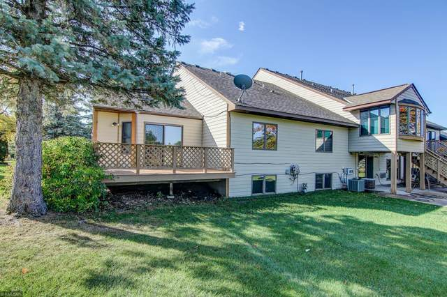 2201 Woodlynn Avenue, Maplewood, MN 55109 (#5664350) :: Happy Clients Realty Advisors