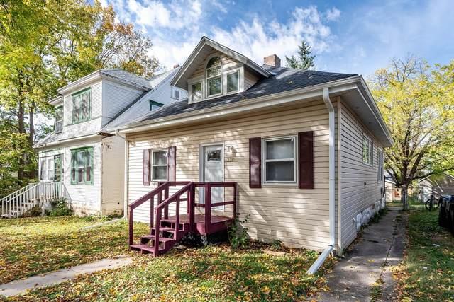 220 Bradley Street, Mankato, MN 56001 (#5666518) :: Tony Farah | Coldwell Banker Realty