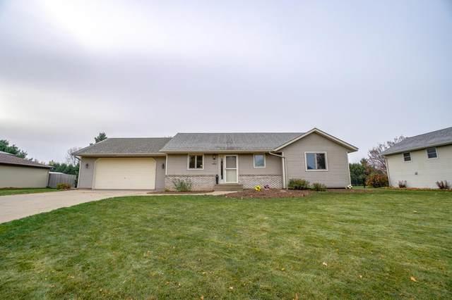 530 Chestnut Drive, New Richmond, WI 54017 (MLS #5669870) :: RE/MAX Signature Properties