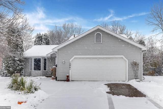 12941 Garrett Avenue, Apple Valley, MN 55124 (#5671923) :: Tony Farah | Coldwell Banker Realty