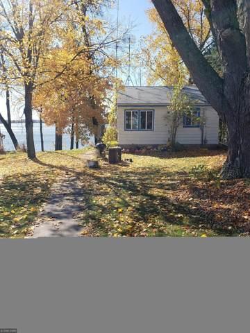 18185 N Lake Lane, Pine City, MN 55063 (#5672965) :: Tony Farah | Coldwell Banker Realty