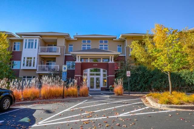 408 Parkers Lake Road #111, Minnetonka, MN 55391 (#5675669) :: Tony Farah | Coldwell Banker Realty