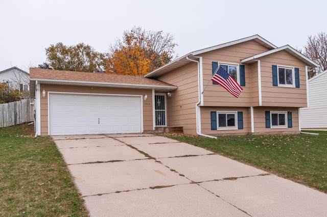 3803 9th Avenue SW, Rochester, MN 55902 (#5675701) :: Tony Farah | Coldwell Banker Realty