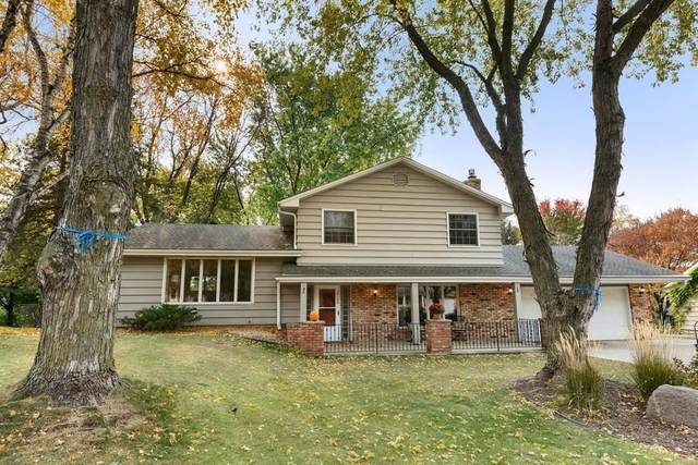14125 Whiterock Road, Burnsville, MN 55337 (#5675850) :: Tony Farah | Coldwell Banker Realty