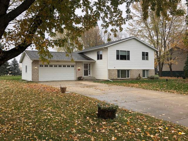 2630 Atwood Drive, Saint Cloud, MN 56301 (#5675951) :: Tony Farah | Coldwell Banker Realty
