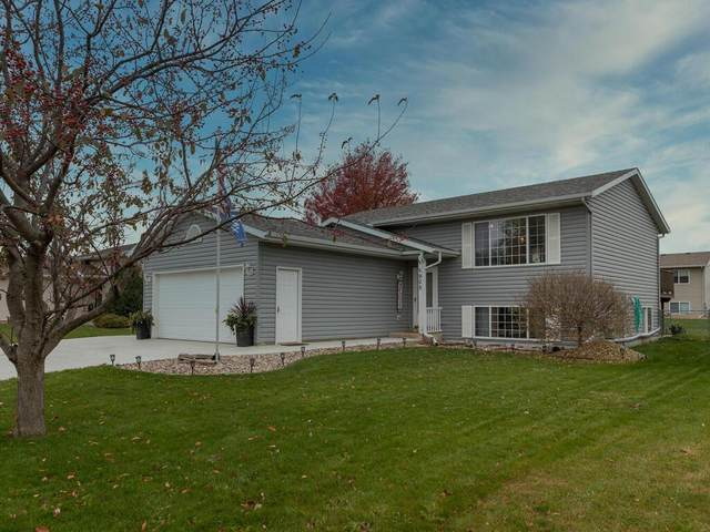905 Donna Court SW, Eyota, MN 55934 (#5676327) :: Tony Farah | Coldwell Banker Realty