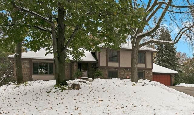 9355 Hyland Creek Circle, Bloomington, MN 55437 (#5676878) :: Happy Clients Realty Advisors
