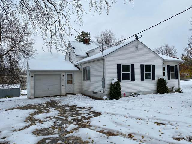 905 Golf Avenue SW, Pine City, MN 55063 (#5677087) :: Tony Farah | Coldwell Banker Realty