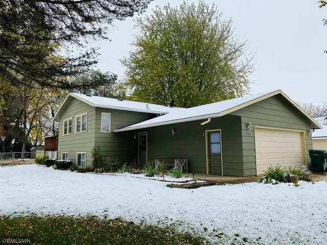 300 32nd Street NE, Rochester, MN 55906 (#5677175) :: Holz Group