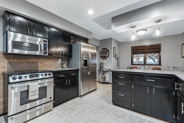 9521 Revere Lane N, Maple Grove, MN 55369 (#5677365) :: Tony Farah | Coldwell Banker Realty