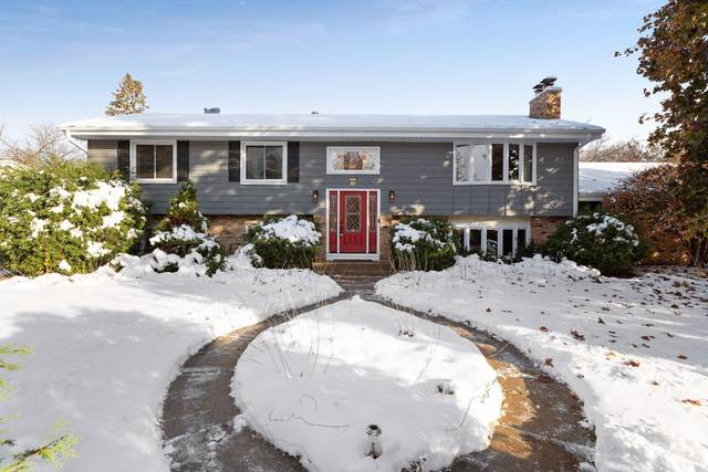6000 Manchester Drive, Golden Valley, MN 55422 (#5677374) :: Tony Farah | Coldwell Banker Realty
