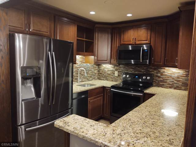 1903 Silver Bell Road #320, Eagan, MN 55122 (#5678287) :: Twin Cities South