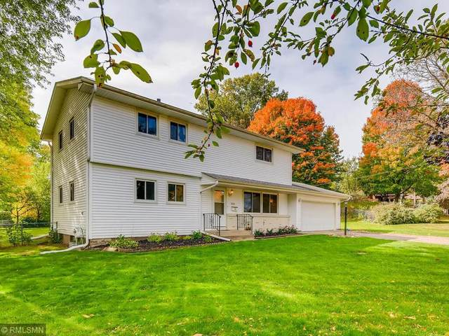 8155 Wynnwood Road, Golden Valley, MN 55427 (#5678869) :: Tony Farah | Coldwell Banker Realty