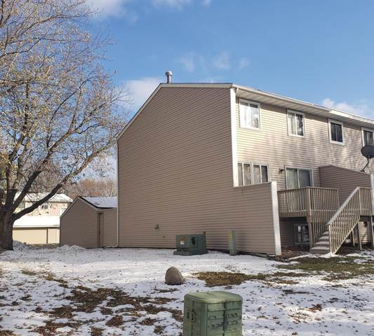 7687 Whitney Drive, Apple Valley, MN 55124 (#5678924) :: Twin Cities South