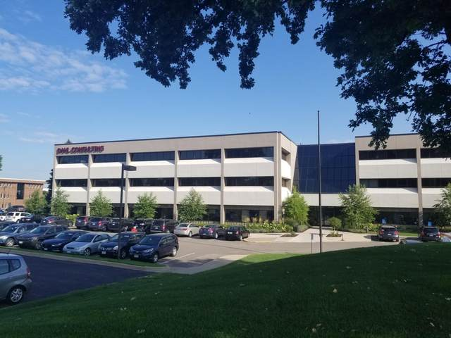 2277 Highway 36 W, Roseville, MN 55113 (#5680125) :: Bos Realty Group