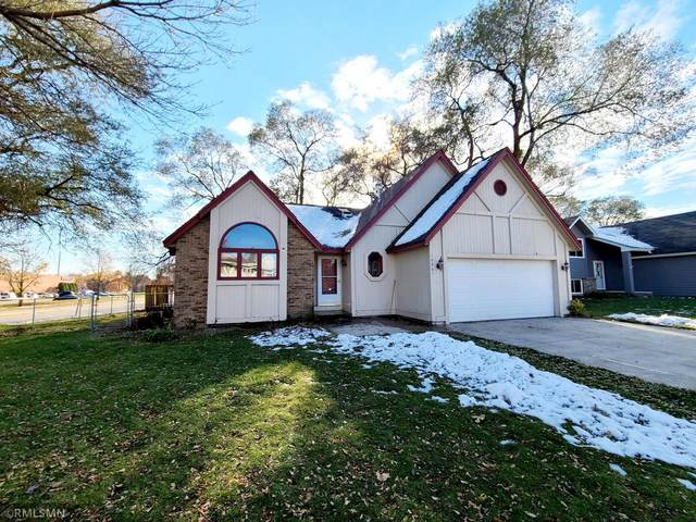 14861 Haven Drive, Apple Valley, MN 55124 (#5681046) :: The Janetkhan Group