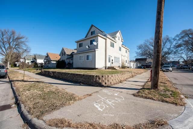 2601 Randolph Street NE, Minneapolis, MN 55418 (MLS #5682927) :: RE/MAX Signature Properties