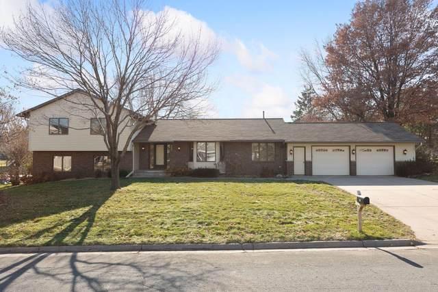 832 Cheri Lane, Mendota Heights, MN 55120 (#5683264) :: Happy Clients Realty Advisors