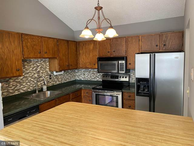 3440 Golfview Drive #308, Eagan, MN 55123 (#5685103) :: Tony Farah | Coldwell Banker Realty