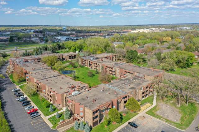 2230 Midland Grove Road #302, Roseville, MN 55113 (#5686871) :: Servion Realty