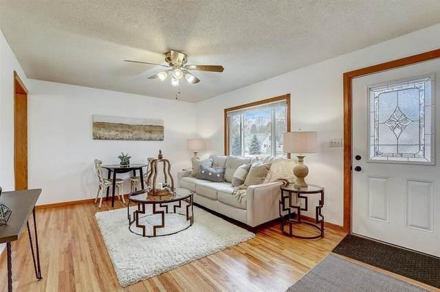 5853 Xerxes Avenue S, Minneapolis, MN 55410 (#5687431) :: Tony Farah | Coldwell Banker Realty