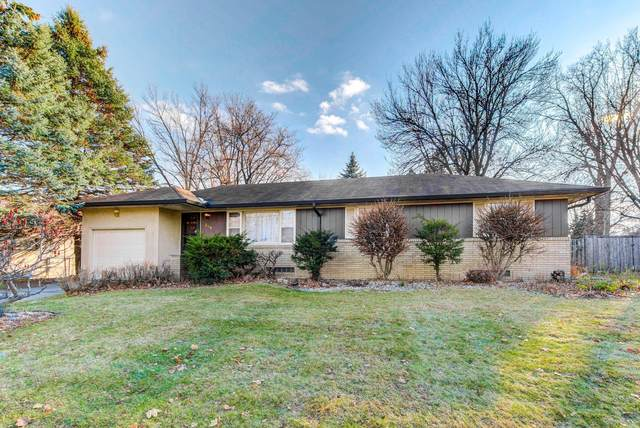 354 County Road B2 W, Roseville, MN 55113 (#5688078) :: Happy Clients Realty Advisors