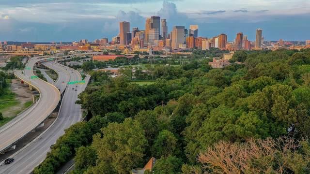 919 Kenwood Parkway, Minneapolis, MN 55403 (#5688976) :: Straka Real Estate
