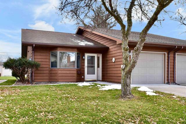 1372 Brookview Drive, Winona, MN 55987 (#5689802) :: The Smith Team