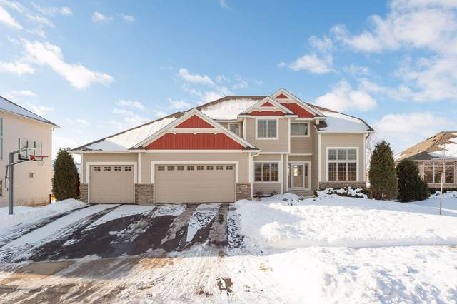 9827 Walnut Grove Lane N, Maple Grove, MN 55311 (#5693962) :: Tony Farah | Coldwell Banker Realty