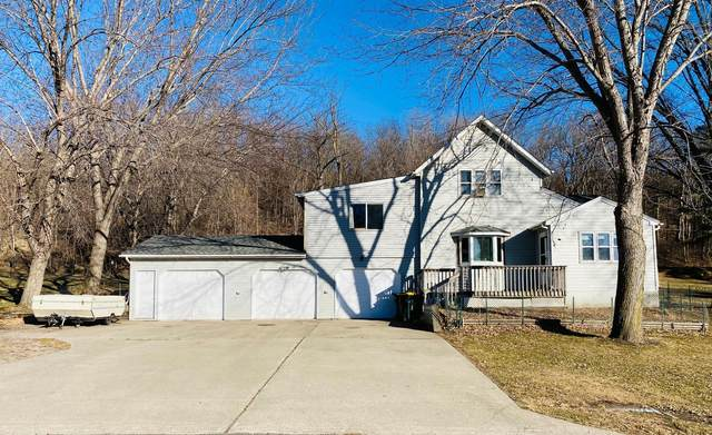 331 N Walnut Drive, Morton, MN 56270 (#5695312) :: The Janetkhan Group