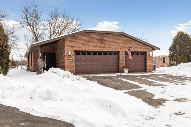 320 Inland Lane N, Plymouth, MN 55447 (#5695997) :: Tony Farah | Coldwell Banker Realty