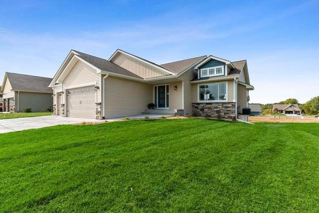 12189 317th Lane, Lindstrom, MN 55045 (#5699723) :: Lakes Country Realty LLC