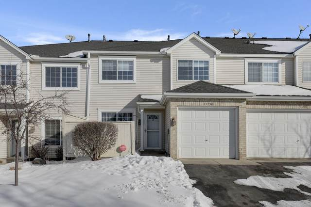 11230 Providence Lane, Eden Prairie, MN 55344 (#5700590) :: Tony Farah | Coldwell Banker Realty