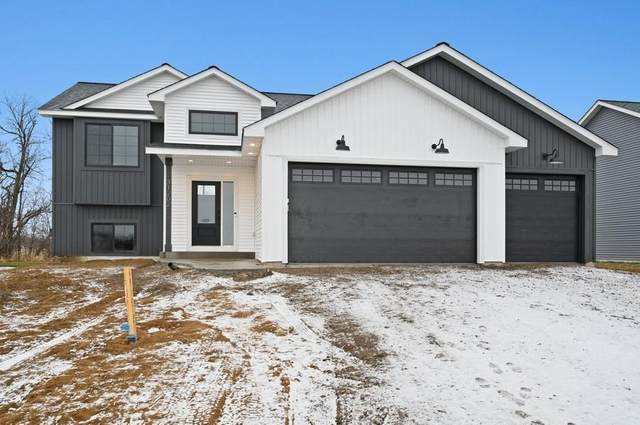 12201 317th Lane, Lindstrom, MN 55045 (#5702283) :: Lakes Country Realty LLC