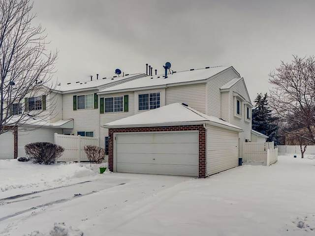 15951 Firtree Drive #17, Apple Valley, MN 55124 (#5703258) :: The Michael Kaslow Team