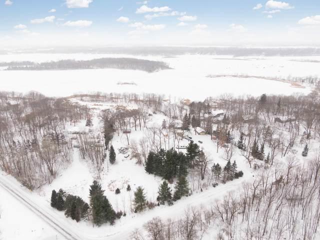 12251 285th Street, Chisago Lake Twp, MN 55045 (#5703465) :: Tony Farah | Coldwell Banker Realty